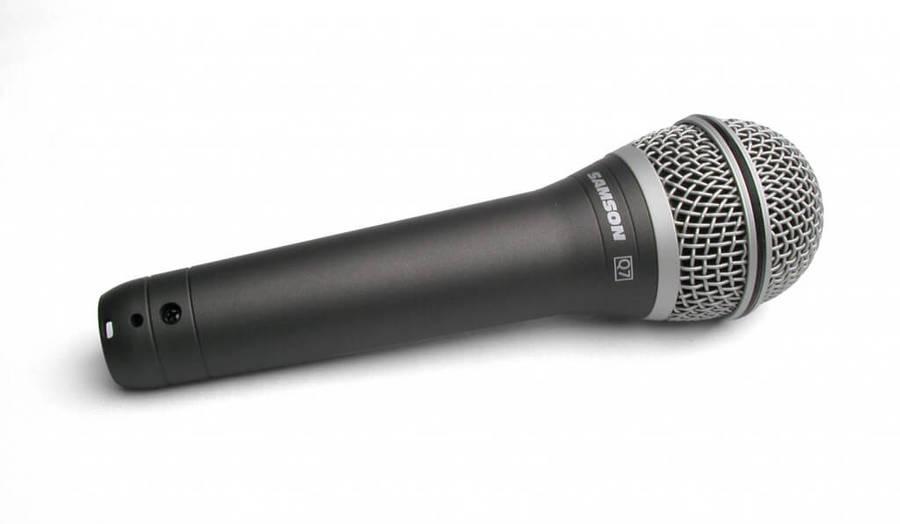 Dynamische microfoons zijn ideaal voor podiumgebruik.